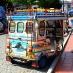 Motocarro : tuk tuk colombien