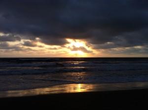 Couché de soleil sur la plage de Canoa