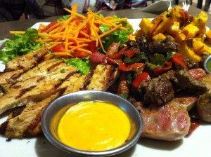 Bon petit plat de grillades, enfin de la viande !!!