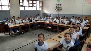 La classe des filles de l'école Magdanela de Piura